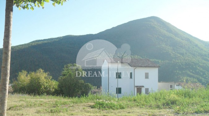 House for sale in Pescolanciano, Molise, Italy