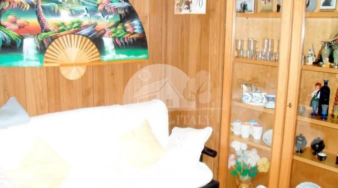 Living room, Castiglione di Carovilli, ID 201 - Dreaminitaly.com